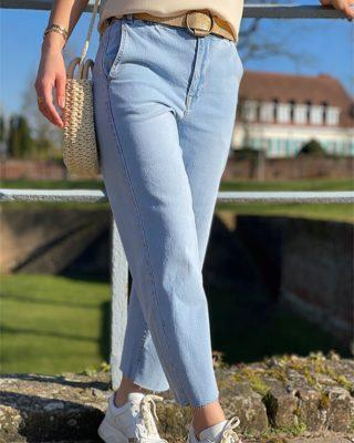 BABY BLUE 💙 NOUVELLE COLLECTION EN LIGNE Indispensable de la garde robe, le denim est un tissu qu'on adore ! Version veste, robe, jean ou bien chemise, il est parfait pour les premiers jours ensoleillés ☀️  ww.lespiplettesstore.fr  #lespiplettes #shopping #mode #lille #vieuxlille #arras #paris #lemarais #valenciennes #amiens #letouquet #strasbourg #toulouse #eshop #nouvellecollection