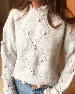Tiffany, le romantisme à l'état pur ! 🕊 Découvrez ce pull gris chiné qui ne vous laissera pas indifférente.  ww.lespiplettesstore.fr  #lespiplettes #shopping #mode #lille #vieuxlille #arras #paris #lemarais #valenciennes #amiens #letouquet #strasbourg #toulouse #eshop #nouvellecollection