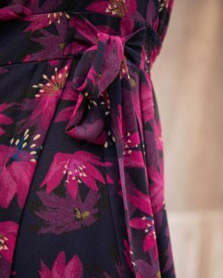 L'imprimé exclusif, si unique de notre ANNA.. 🌸  #lespiplettes #shopping #mode #lille #vieuxlille #arras #paris #lemarais #valenciennes #amiens #letouquet #strasbourg #toulouse #eshop #nouvellecollection #capsule #vestiairedautomne #fashionstyle #fashionaddict