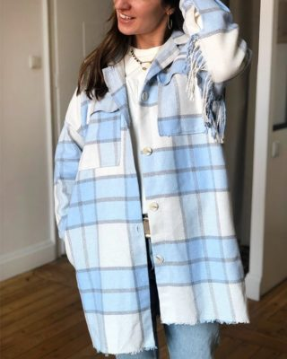 A la cool ! 💙 Notre veste Elsa vous habillera en un claquement de doigts ! 🤗  ww.lespiplettesstore.fr  #lespiplettes #shopping #mode #lille #vieuxlille #arras #paris #lemarais #valenciennes #amiens #letouquet #strasbourg #toulouse #eshop #nouvellecollection